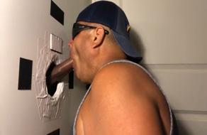 Dominicano se encuentra una polla de caballo en la pared